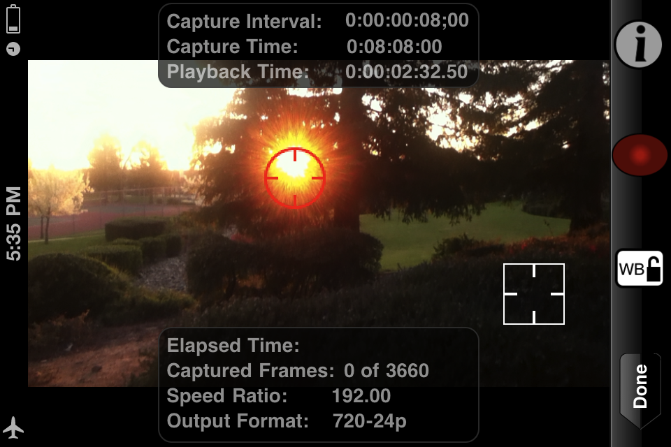 Image of advanced capture window in portrait with focus and exposure locks.